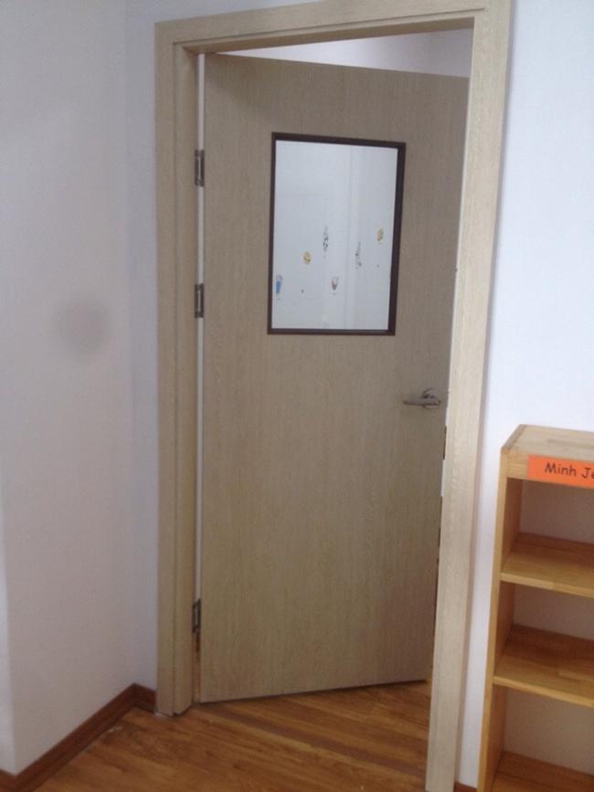 Cửa phòng học trường mầm non quốc tế ASM